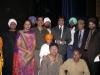 raj-babbar-with-the-artists-of-bole-so-nihal